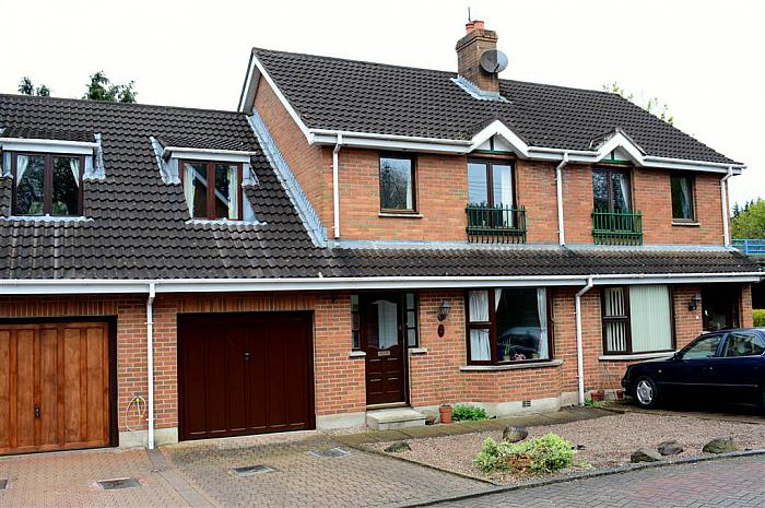 2 Harwich Mews, Hillsborough