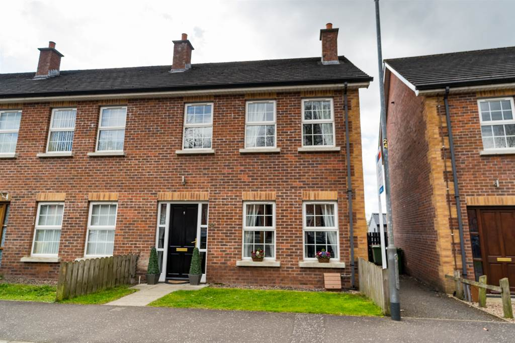 57 Causeway Meadows, Lisburn Property for sale at Fred Dalzell estate agents Northern Ireland